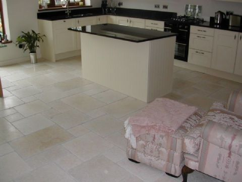 Salem Gold Tumbled Limestone Floor Tile
